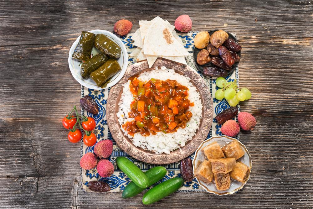Jedzenie, które pojawia się na stole podczas iftar