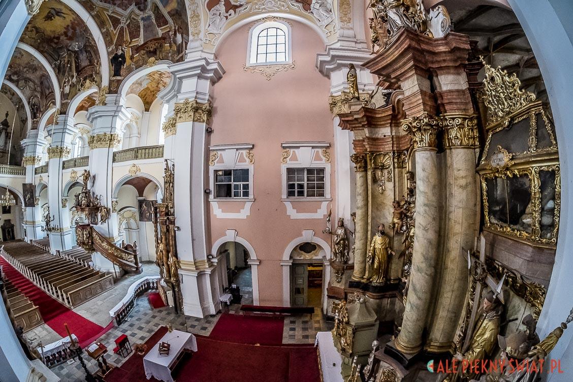 Wnętrze klasztoru w Lubomierzu