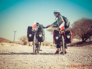 Oman-na-bambusowym-rowerze-3