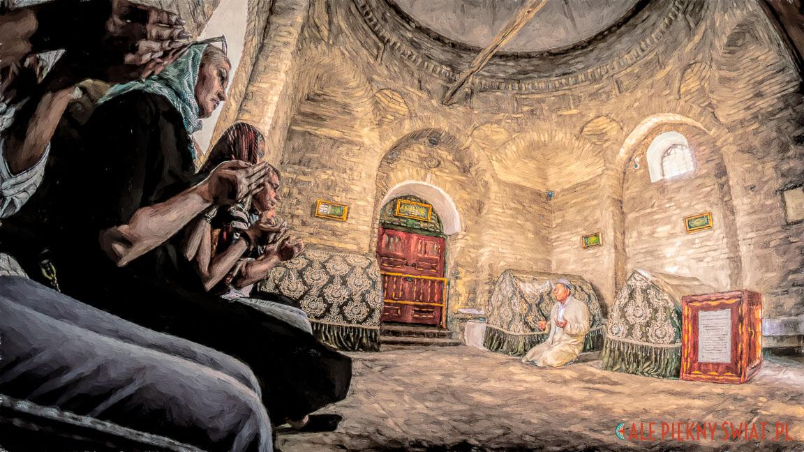 W meczecie w Arstanbab w Kazachstanie