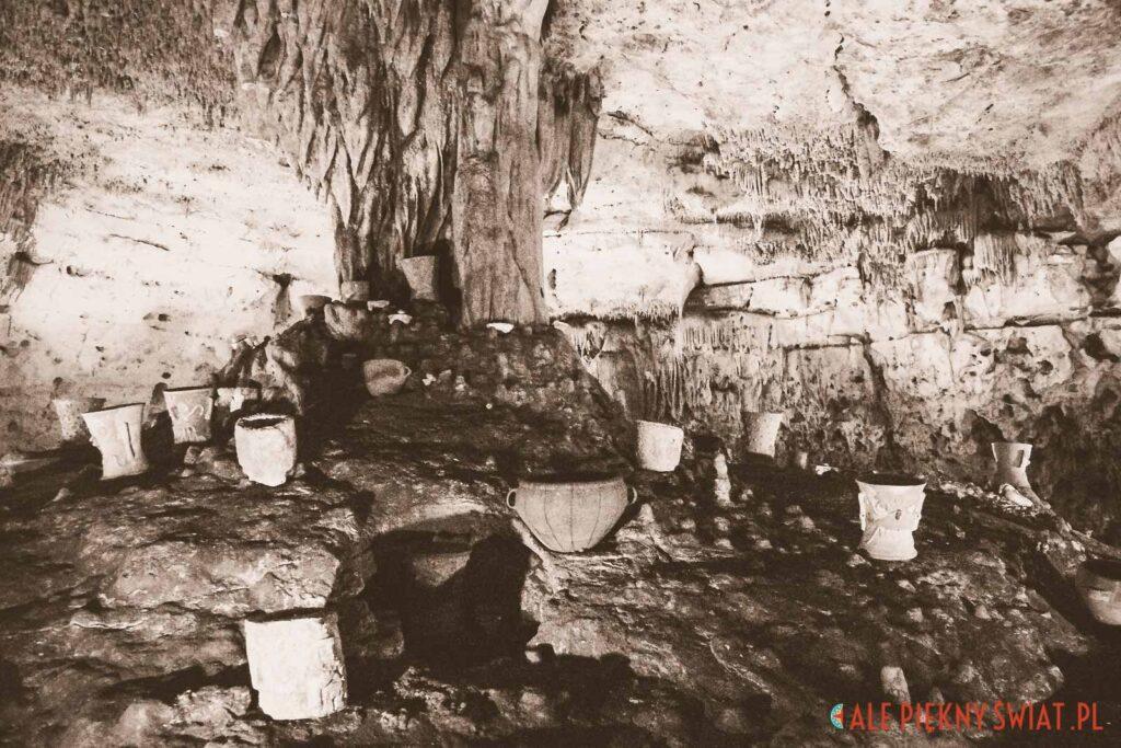 jaskinia Balankanche na jukatanie w meksyku - jedna z atrakcji Jukatanu