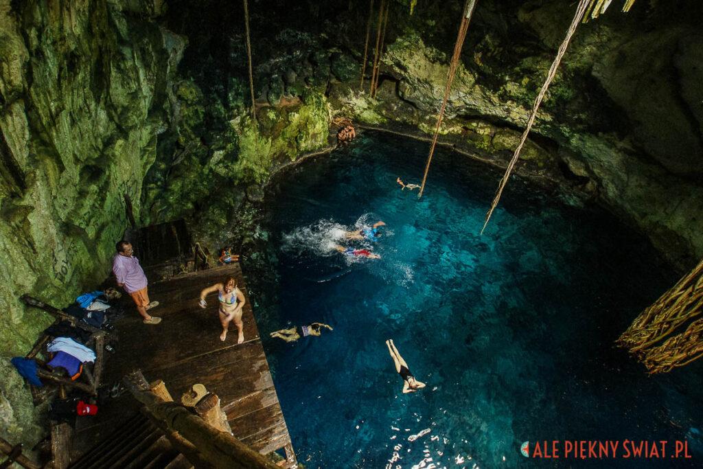 Atrakcje Jukatanu - Cenote w Cuzama w meksyku
