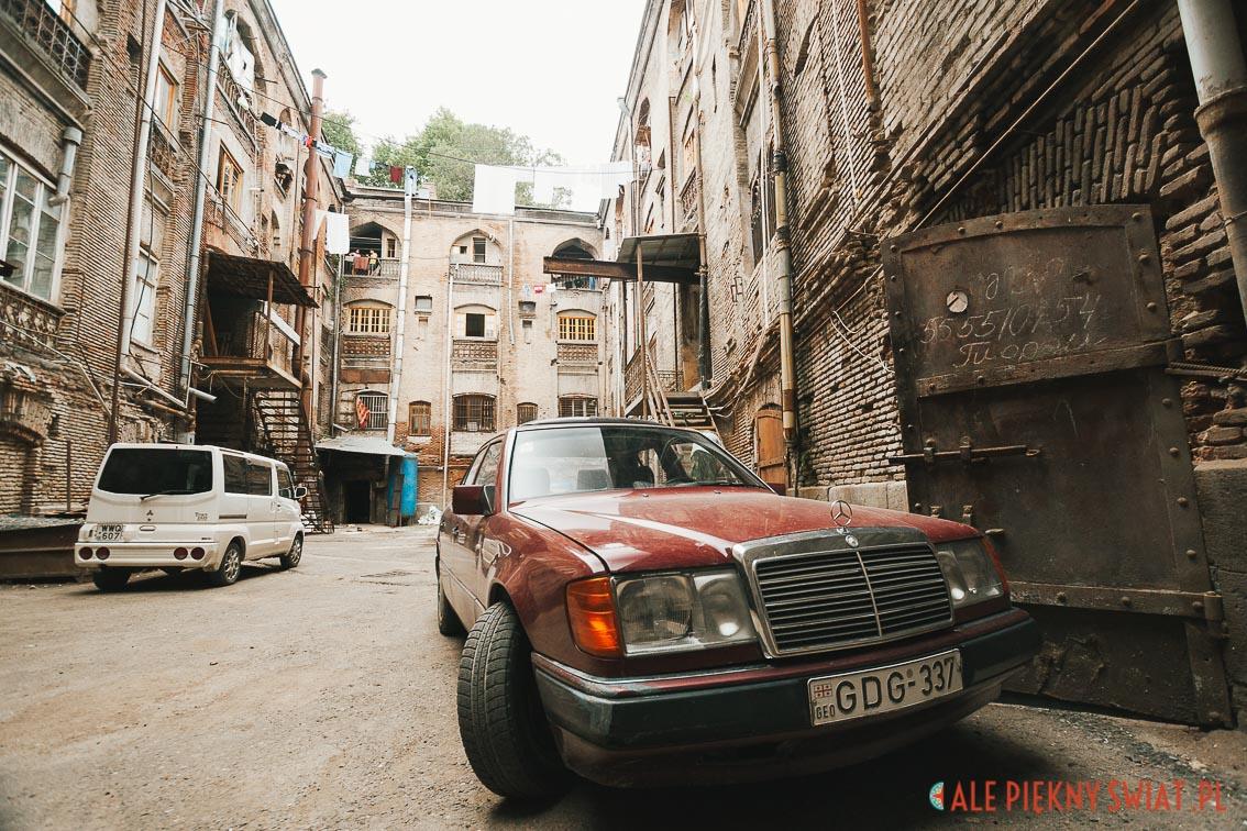 Podwórze karawansaraju w Tbilisi na ul. sioni 13