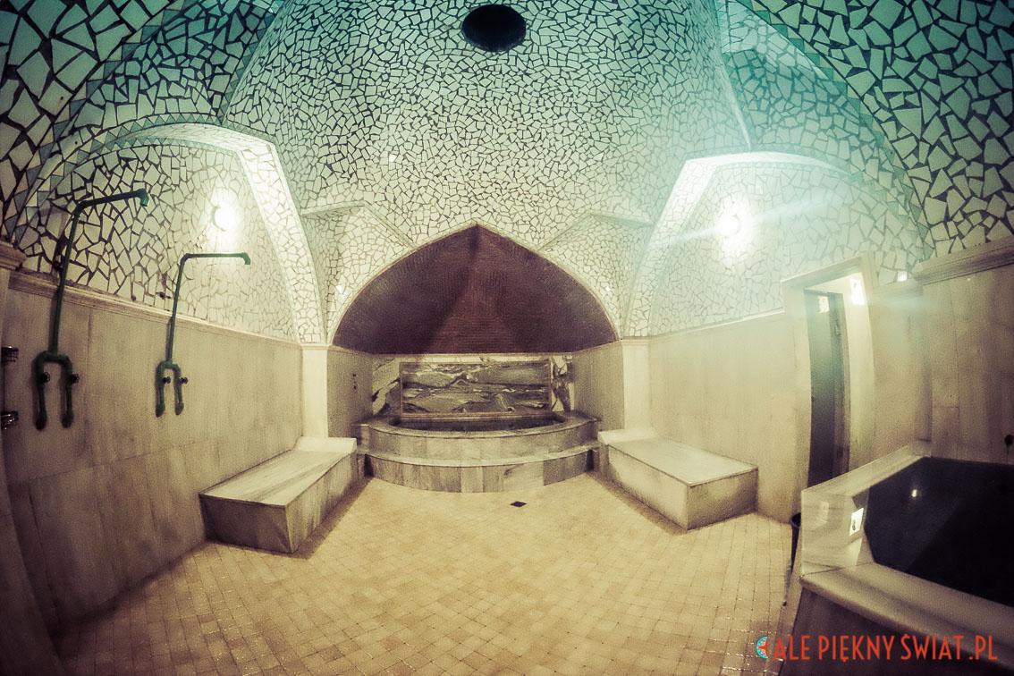 Wnętrze łaźni w Tbilisi